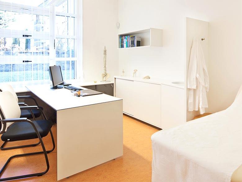 mobilier fonctionnel pour cabinets m dicaux et salles de r ducation. Black Bedroom Furniture Sets. Home Design Ideas